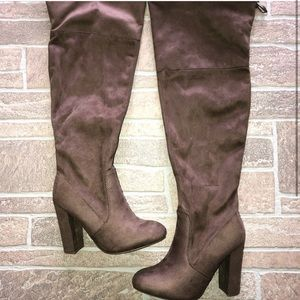 Tall Nude/Grey Boots 7W wide
